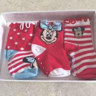 BNIB 3 Disney baby socks 6-12m