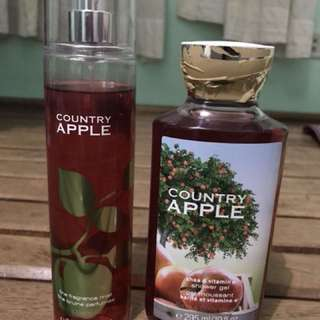 Bath and Body Country Apple shower gel and fragrance mist set