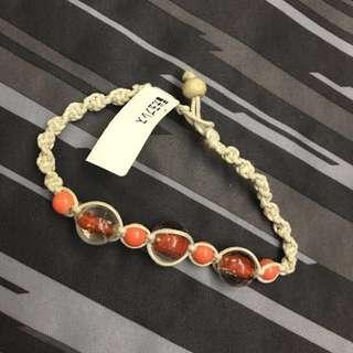 全新日本買橙色襯衫手繩有珠,new orange bracelet match your clothing bought in Japan