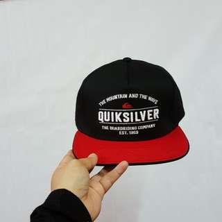 QUICKSILVER SNAPBACK CAP