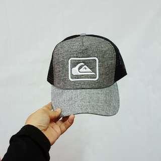 QUICKSILVER TRUCKER CAP