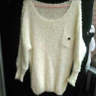 🚚 (全新)氣質鈕扣毛海毛衣 #女裝半價