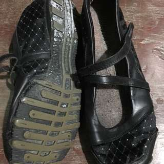Sketchers For Women
