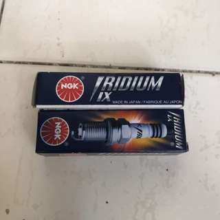 NGK Iridium IX Spark Plug CR9EIX3521
