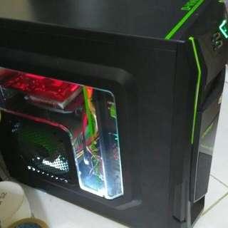 Komputer gamer monitor gede 32inch