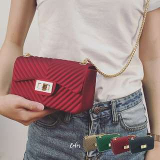 Kate geometric quilted bag