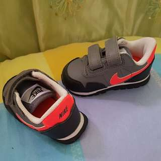 Pre-loved Nike Shoes