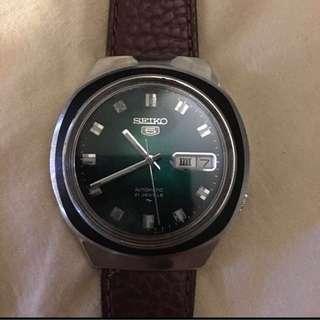 Seiko 5 vintage green dial automatic