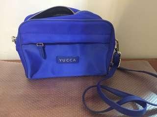 Yucca斜孭尼龍/真皮小袋