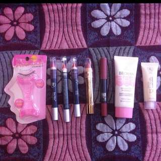 TAKE ALL MAKEUP GET 8 BARANG
