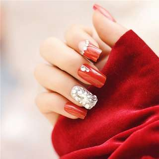 24pcs/Set Full Diamond Bride Nail Art Tips Full Cover Pretty Red Artificial Fake Nails with Glue Sticker Faux Ongles