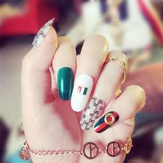 24pcs/Set Gucci Wedding Bride Nail Art Tips Rivet Rhinestone Decal Full Cove Fingernail Artificial Fake Nails Faux Nail with Glue