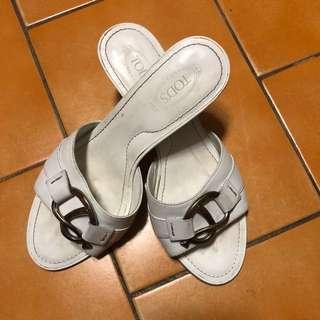 二手正品Tod s白色淑女涼鞋 37號