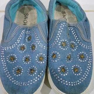 Sepatu Anak Merk Snow