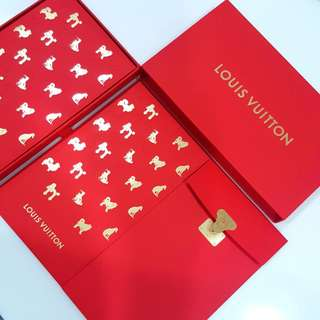 (SOLD) 2018 One Box 12pcs Exclusive Louis Vuitton Luxury Big Size Red Packets