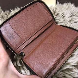 Louis Vuitton Zippy Compact Wallet