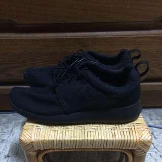 Nike roshe one 全黑 工作鞋 休閒鞋