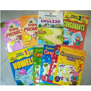 ENglish Phonics readers, activity and enrichment books, various quality phonics enrichment bks, crossword puzzle activity books all bought from Popular, for preschool to Pr 1, level 1 to 4 complete set