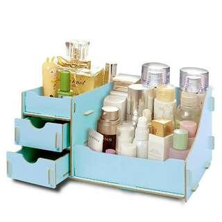 DIY wooden make up organizer..