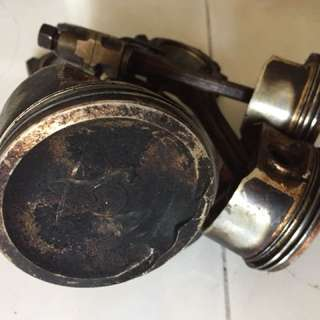 Piston Nissan March