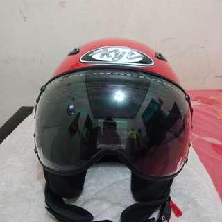 Helm Kyt Merah Ferrari