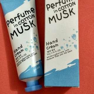 Calmia Hand Cream Perfume - Cotton Musk