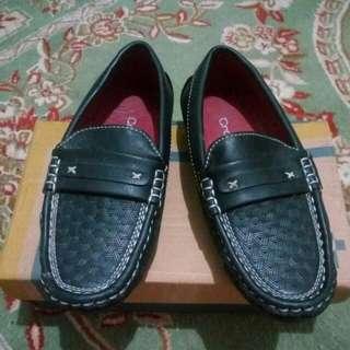 Sepatu Crocodile anak
