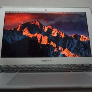 MacBook Air 11' Mid 2012