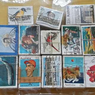 13 X 100 STAMPS LOT ( 13 BUNDLES ) - AUSTRALIA  - Commemorative - Used Stamp