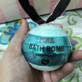 Victoria's Secret Pink Bath Bomb Bright Daisy