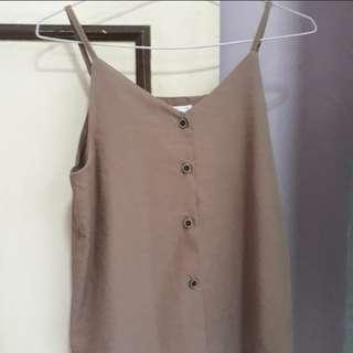 Button up sleeveless top // Korean style