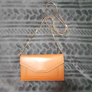 Charles and Keith Chain Wallet (Nett Price)