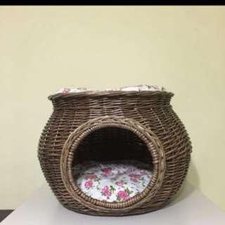 Rattan cat bed