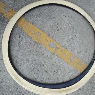 """26"""" 1 1/3 Vintage/Retro Tyres (Off White)"""