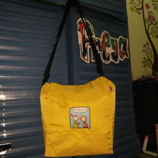 Yellow unique bag H&R