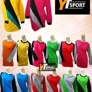 Baju seragam olahraga perempuan