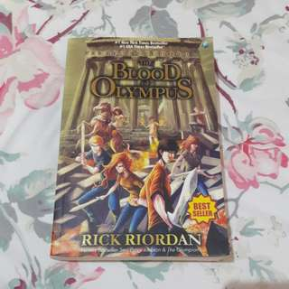 Buku novel Percy Jackson The Blood of Olympus