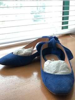 Carven blue suede slingback