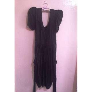 SLEEVED BLACK DRESS