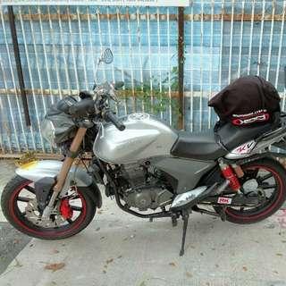 Keeway RKV 200 CC bike