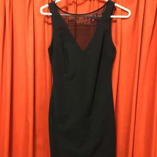 性感黑色露背洋裝