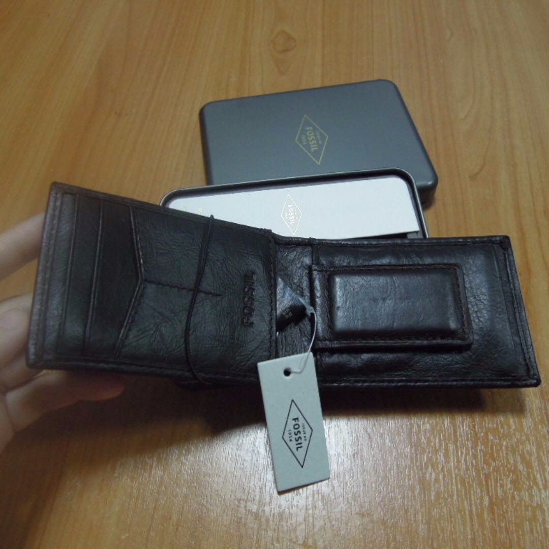 169e3ee605df AUTHENTIC Fossil men s wallet leather bifold card holder case money ...