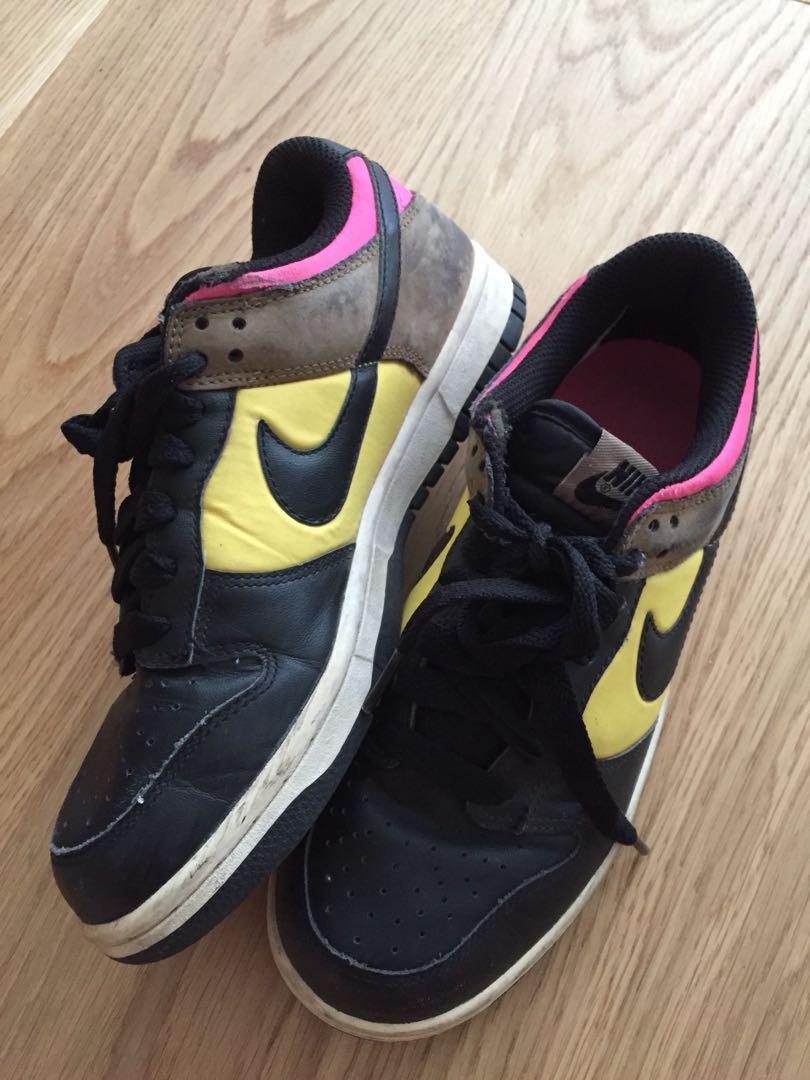 Authentic Nike shoes sz37