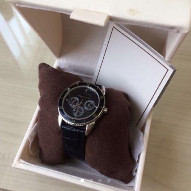 BCBG watch complete box