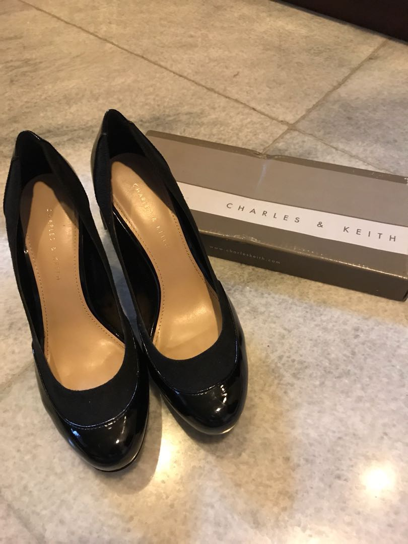 Black Heels #charles&keith - size 38 - good condition minor deffect