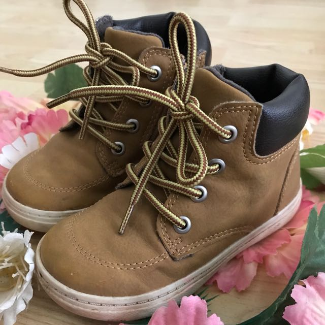 Boy style Toddler boots