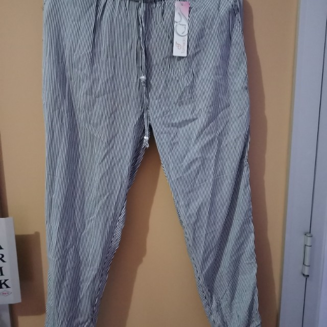 Celana Panjang Stripes Hitam Putih