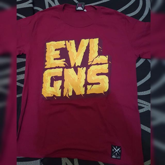 Evil Genius Maroon Graphic Shirt Large