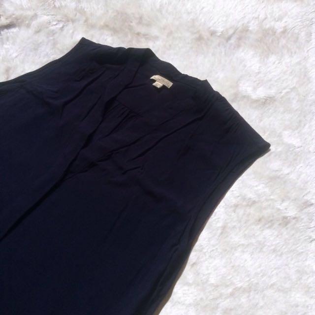 Gap   Deep V-neck Dress