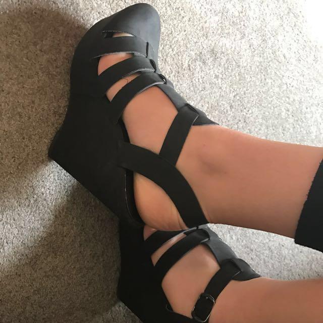 'Head Over Heels' Heels Size 9